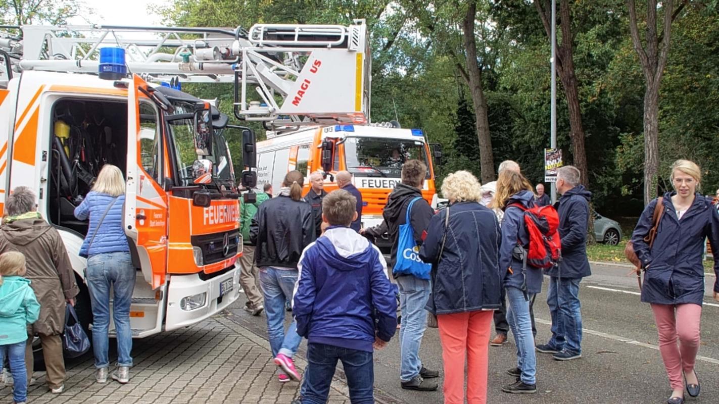 Bb Heute Tag Der Offenen Tür Bei Der Freiwilligen Feuerwehr In
