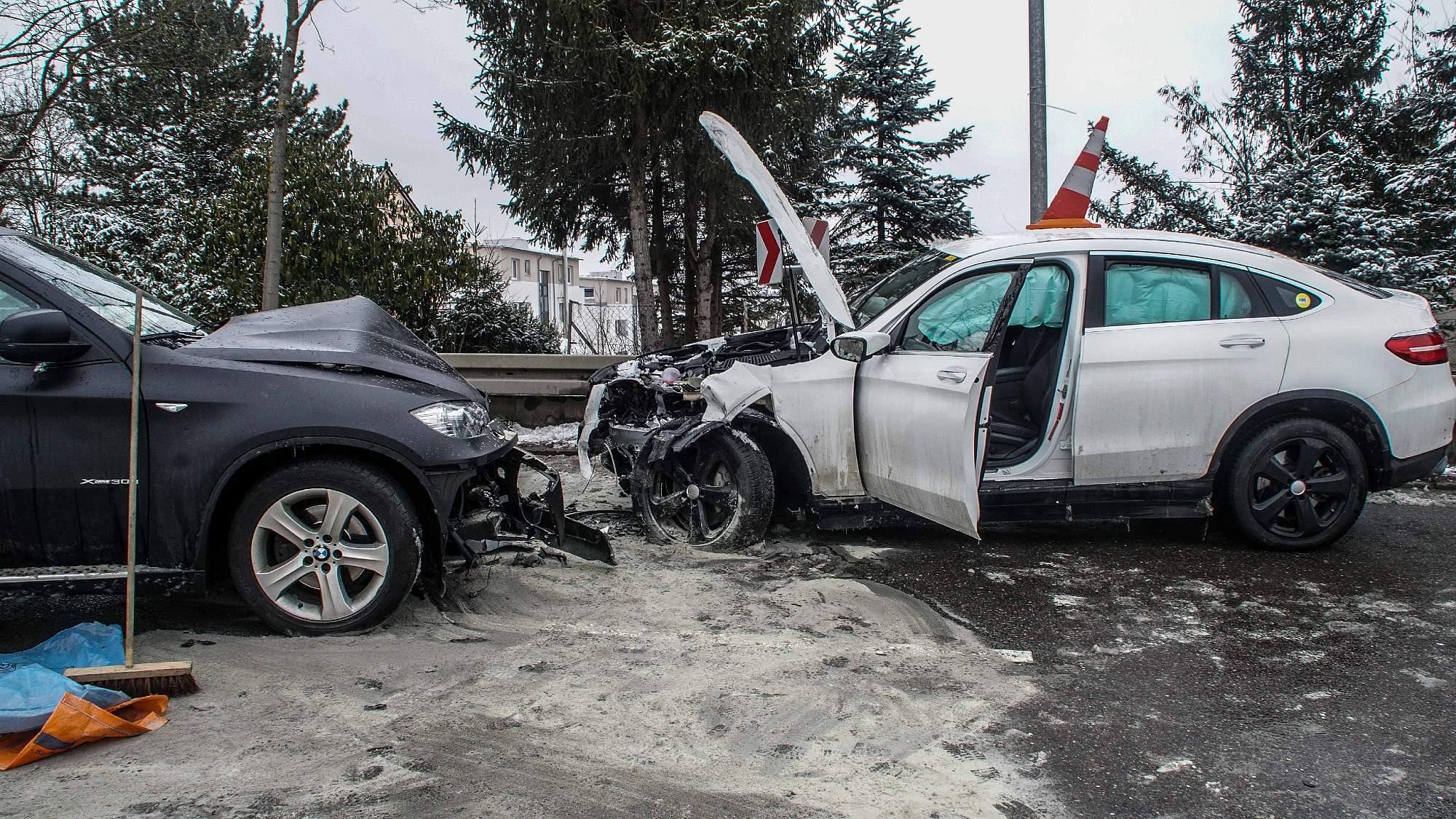 BB Heute: Dagersheim: Drei Verletzte bei Zusammenstoß
